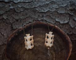 43. Rabbit bones - €42 each